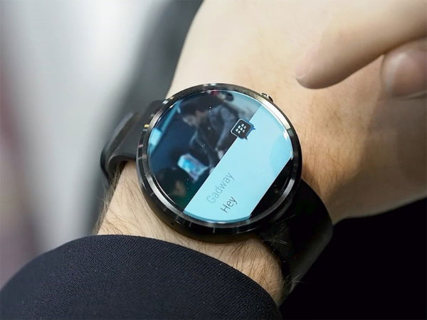 Blackberry BBM Annouced for Android Smartwear At CES 2015