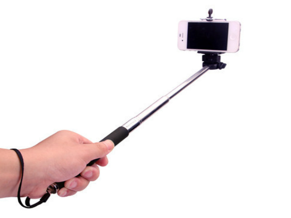 'Selfie Sticks' give New Perspective at Tech Show