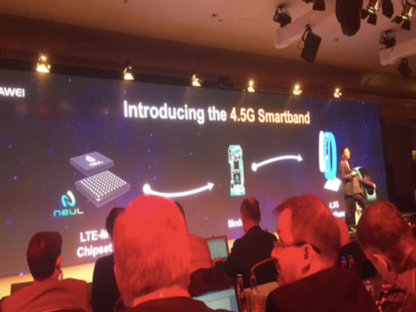 Huawei 4.5G Smartband Announced With LTE Support