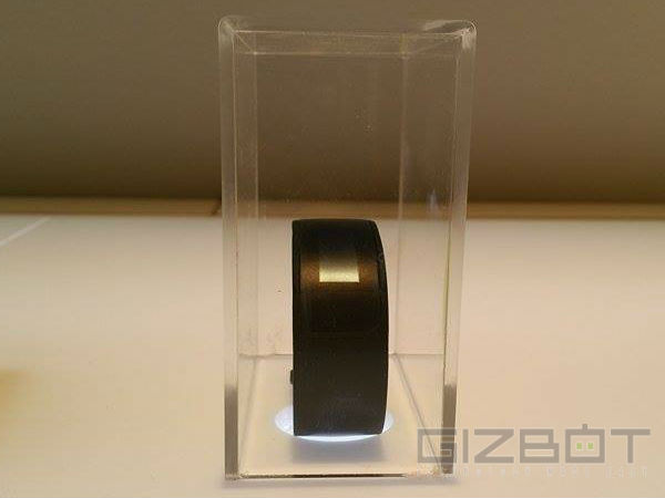 HTC Grip Fitness Tracking Smartband Launched with GPS Tracker