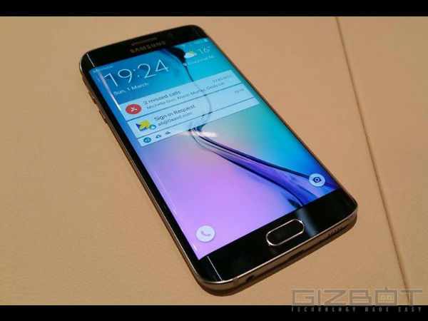 Samsung Galaxy S6 Edge Launched with Dual Curved Screen