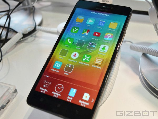 Lenovo A7000 with 4G LTE  Up For Pre-order in India at Rs 8,999
