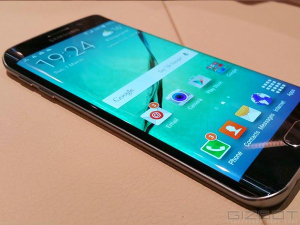 Samsung Galaxy S6 Edge Receives Android 5.0.2 Lollipop Update