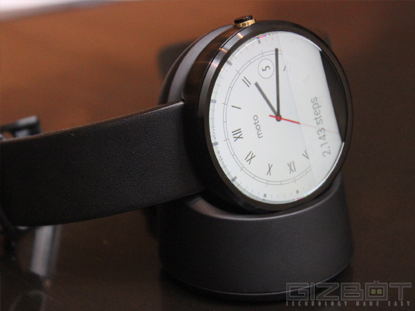 Moto 360 Smartwatch Price Slashed as Google Wages War on Apple's Watch