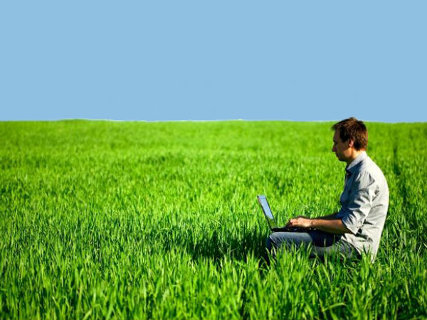 Rural internet users to surge to 28 crore by 2018: Report