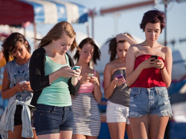 Mobile calls to be cheaper by up to 23%; SMS to cost 40% less