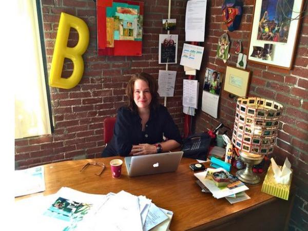 Woman entrepreneur controls Hillary's Twitter Account