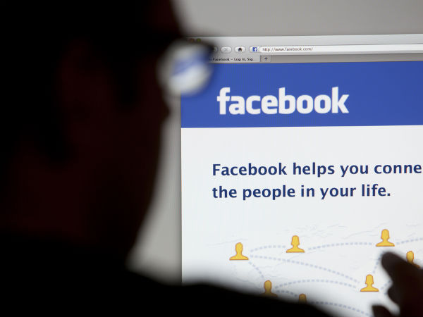 Here's what happens when you spend a lot of time on Facebook