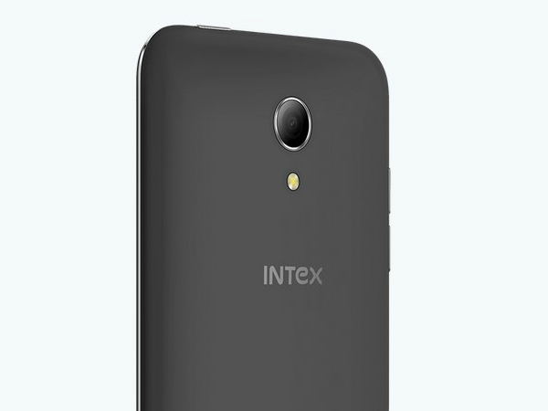Micromax Canvas Knight 2 vs Intex Aqua 4G+: Battle of Desi 4G Phones
