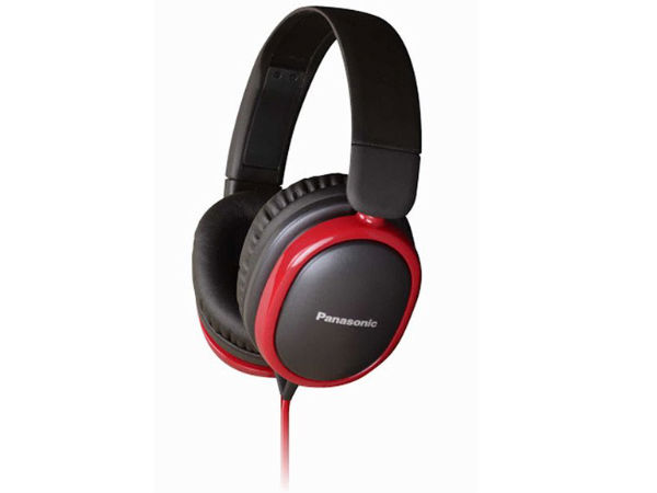 Panasonic India Launches Headset Models With NFC