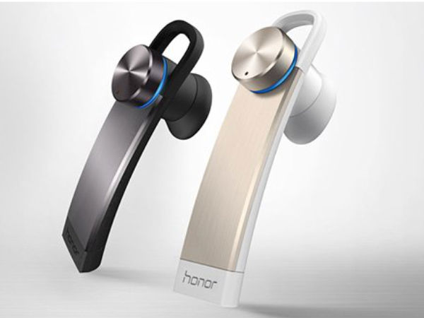 Huawei Unveiled Honor Band Zero Smartwatch and Whistle Bluetooth