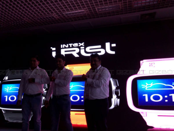 MWC Shanghai 2015: Intex Unveils iRist with Voice Assistance Launched