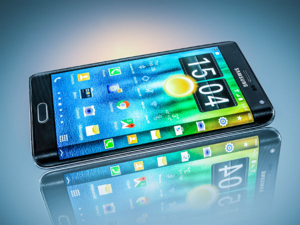 Samsung Galaxy Note Edge: a bigger curved-screen phablet