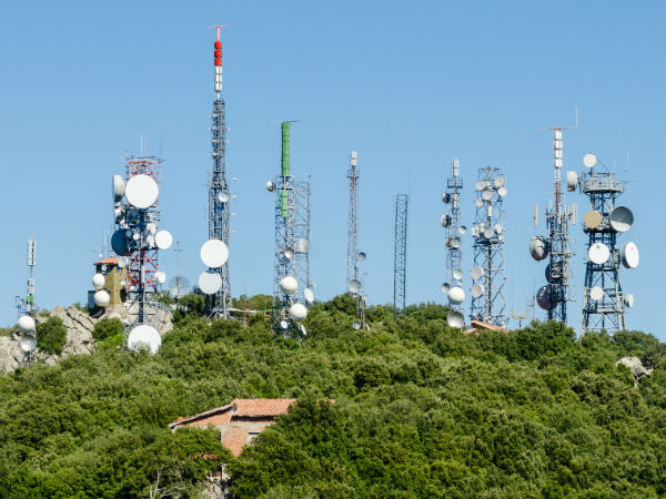 Maintain status quo on mobile towers in playgrounds: HC to govt