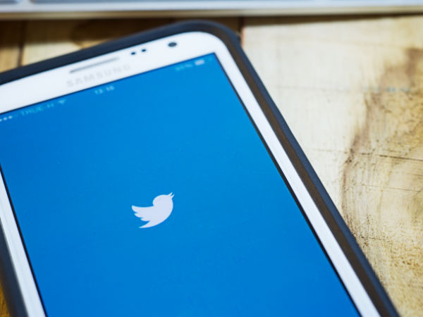 Twitter cracks down on accounts 'stealing' jokes