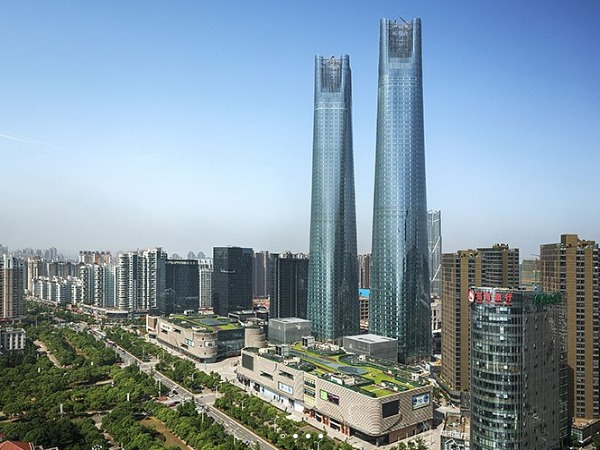 China twin tower boasts of world's largest LED wall