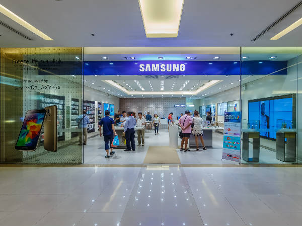 Enjoy 39 percent share in Indian mobile market: Samsung