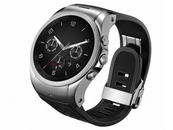 LG Urbane Smartwatch (Black): Independence Day Offer