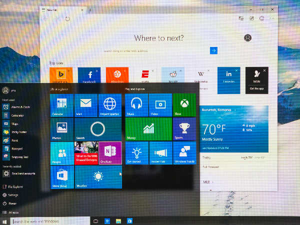 Experts give Windows 10 the thumbs up, a month into its launch