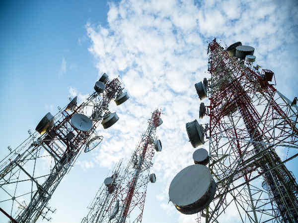 Total telephone subscriber base rises to 100.69 cr