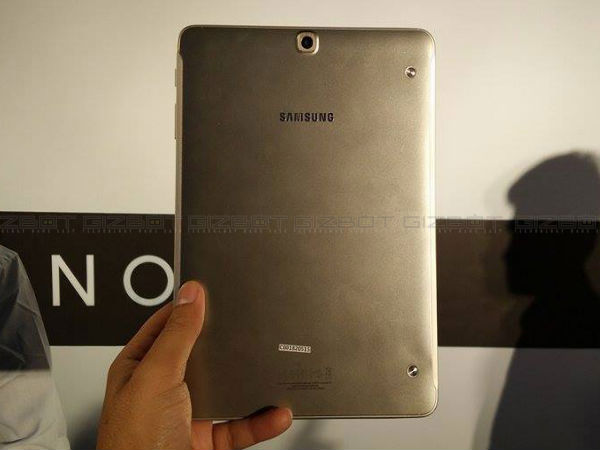 Samsung Galaxy Tab S2 9.7 with Exynos 5433 CPU, 3GB RAM Launched