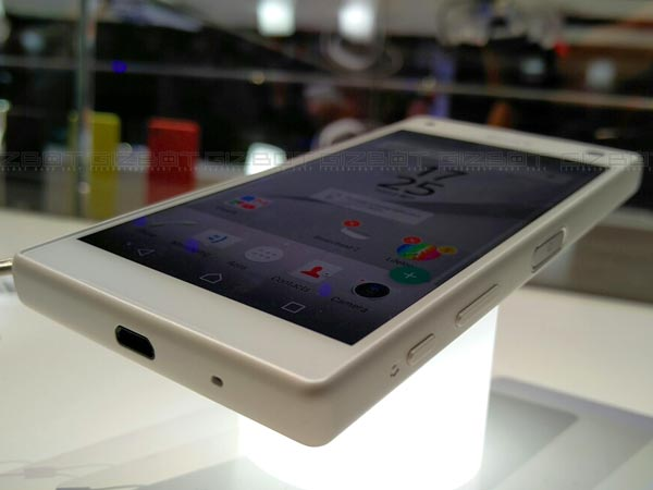 Sony Xperia Z5 Compact First Impression: A Powerpacked compact beast
