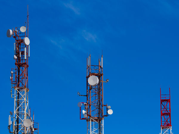 TRAI gives 15 days to mobile operators on call drops
