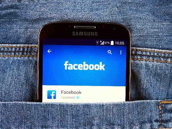How Facebook can make middle-aged women unhappy