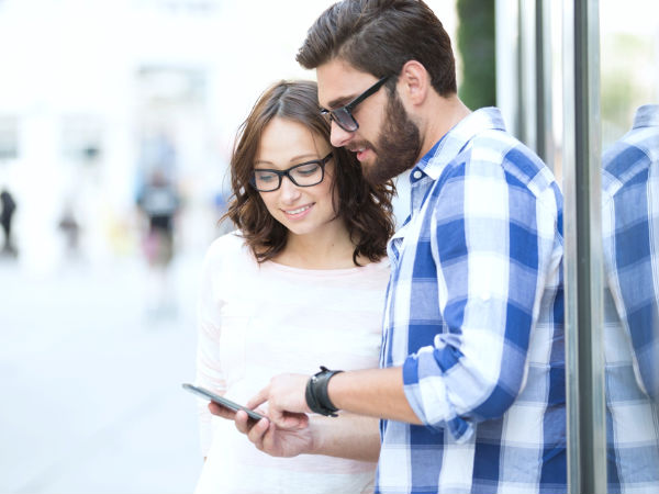 Smartphones can ruin romantic relationships