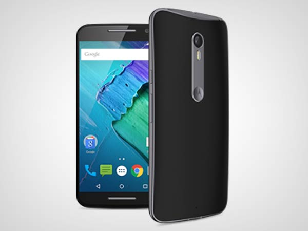 Large 5.7 inch display of Moto X Style is ideal for media consumption