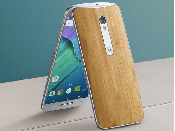 Old school Gorilla Glass 3 protection on the Moto X Style
