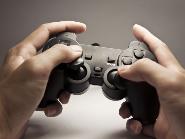 Anxious parents influence kids to play more violent video games