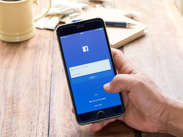 Facebook tweaks its contentious 'real name' policy