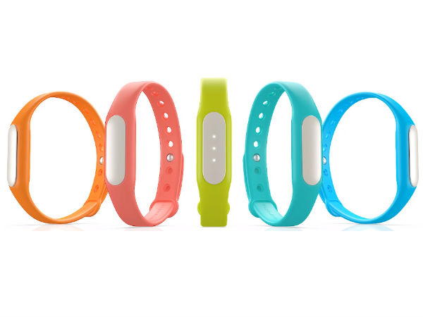 Xiaomi Mi Earphones and Xiaomi Mi Band launched ahead of Diwali