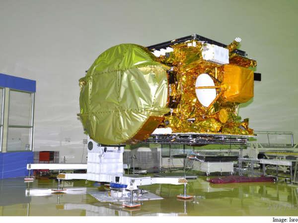 Ariane 5 gears up to blast off with ISRO's GSAT-15 satellite