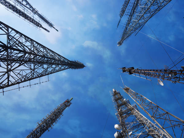 Telecom Comm approves Trai's views on spectrum cap