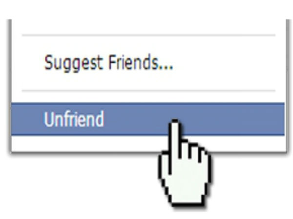 Politically-active users 'unfriend' people on Facebook