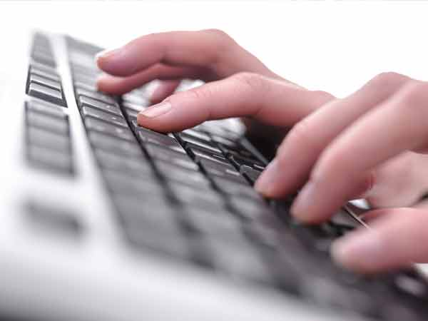 Parl panel asks govt to host more Internet servers in India