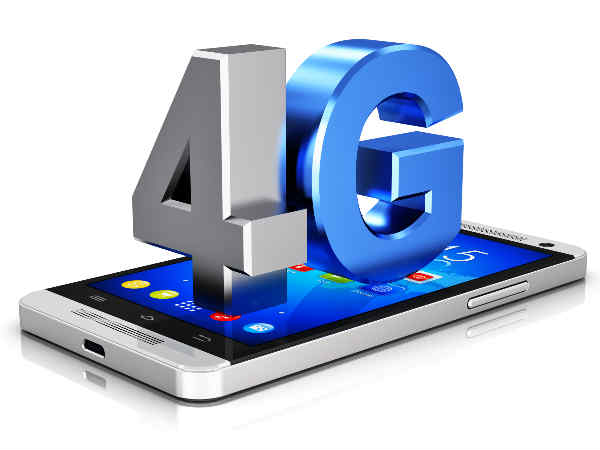 Reliance staff to first experience 4G services