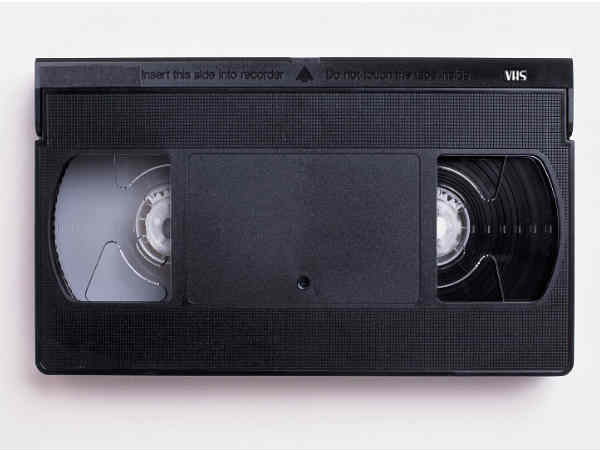 In Pictures: 10 Things That Became Obselete in Last Two Decades