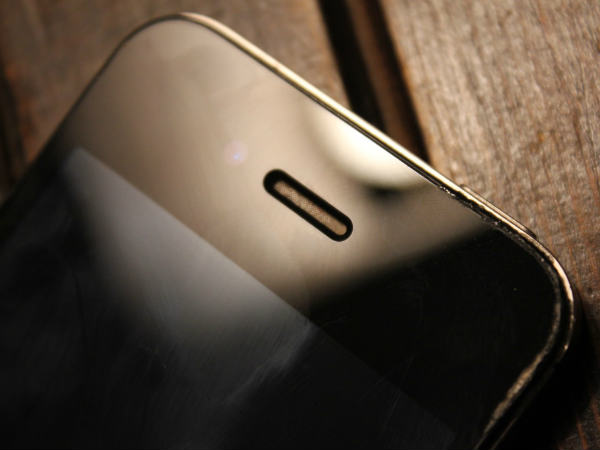 5 Simple Hacks To Fix Smartphone Internal Speaker Problems - Gizbot News