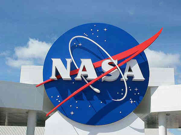 NASA training space robots with virtual reality