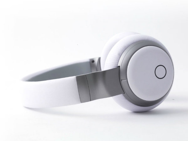 Store Thousands Of Songs On The Headphones
