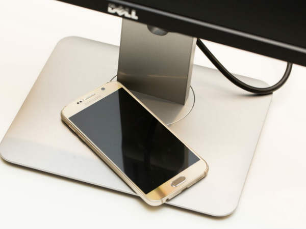 Monitors to cast your smartphone screen