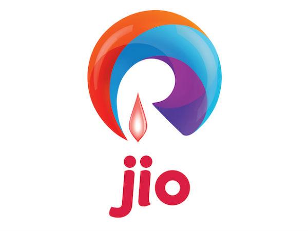 Reliance Jio rolls out wi-fi service at MG Road in Vijayawada