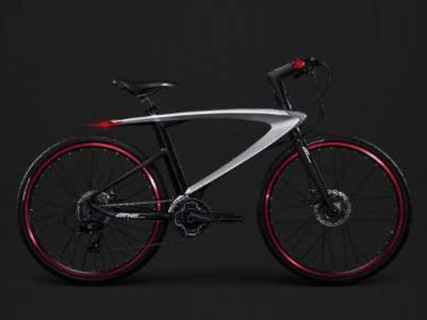 Letv Le 3D Helmet, LeMe Bluetooth Headphones and Super Cycle Announced