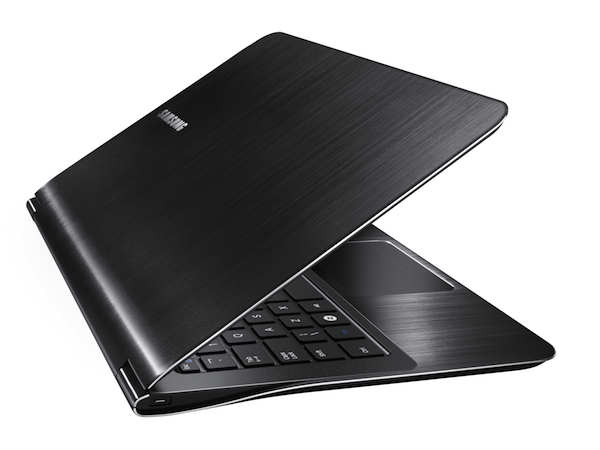 Samsung Announces Two Super-light Notebook 9 Series Laptops