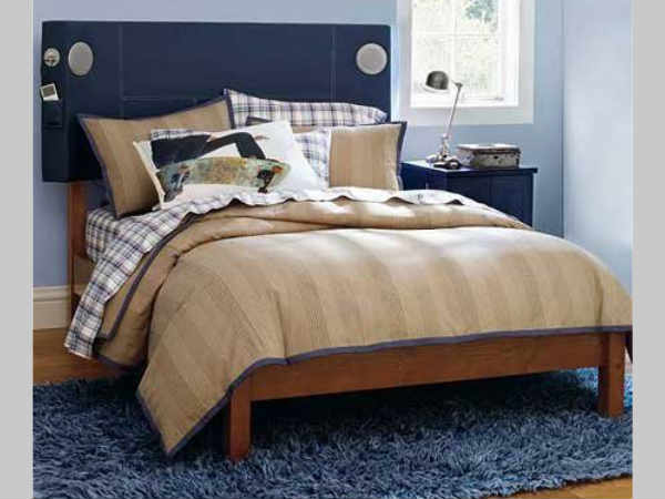 Pottery Barn Tune-In Bed