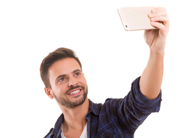 Click selfie to pay your bills with MasterCard
