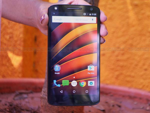 A First Look at Moto X Force: A Shatterproof Smartphone Built to Last!